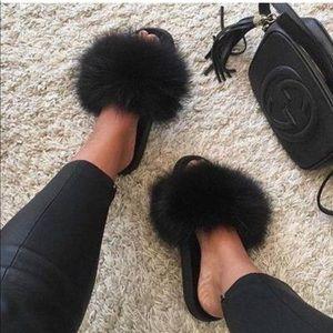 Nike fluffy black fur slides